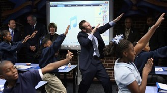 ronclarkdancingwithstudents