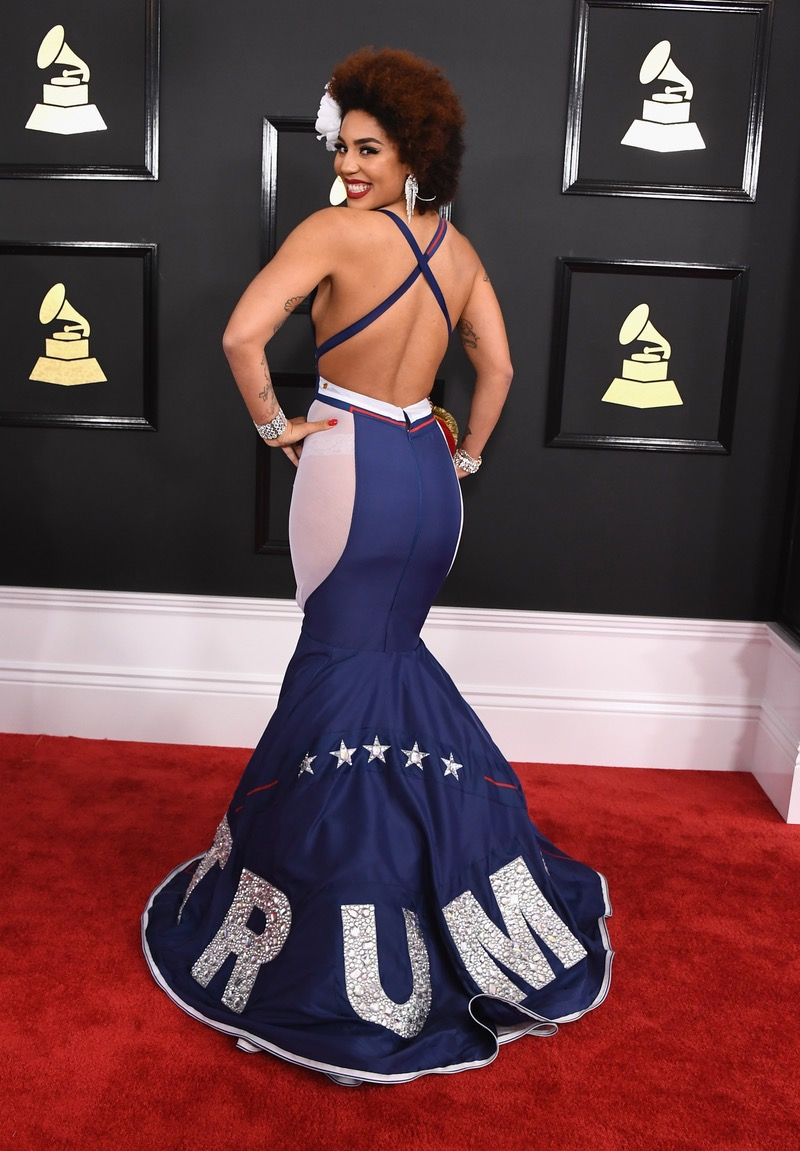 joy-villa-back-